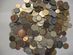 Набор монет - 1 килограмм иностранных монет